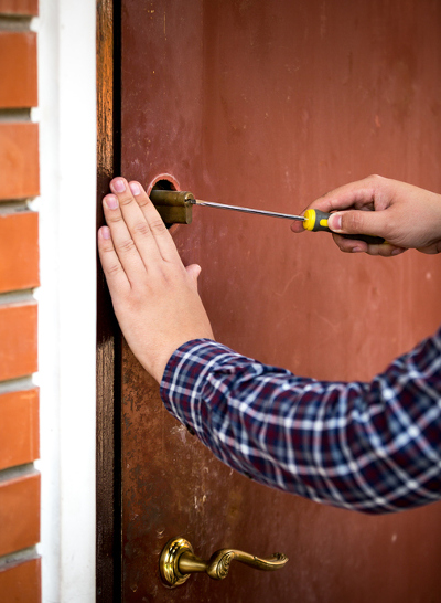 Every Property Manager Needs a Good Commercial Locksmith that is affordable, responsive, and trustworthy