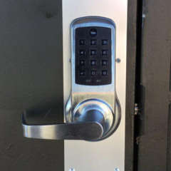 Keyless entry using a keypad door lock and leverset